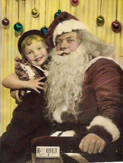 website-Santa-&-little-girl